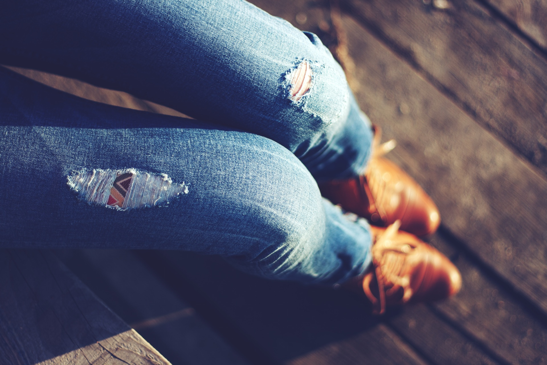 10 Hottest Rugged Jeans Styles That Are So Fashionably Ripped!