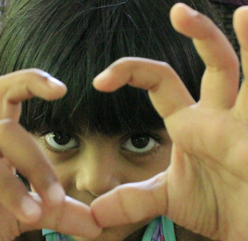 Refugee Children In Nauru Set Up Free the Children NAURU Facebook Page Despite Ban