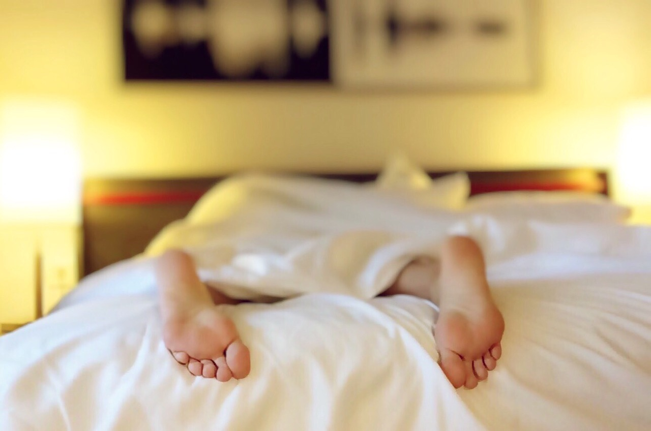 10 Expert Suggested Rules For A Good Night's Sleep