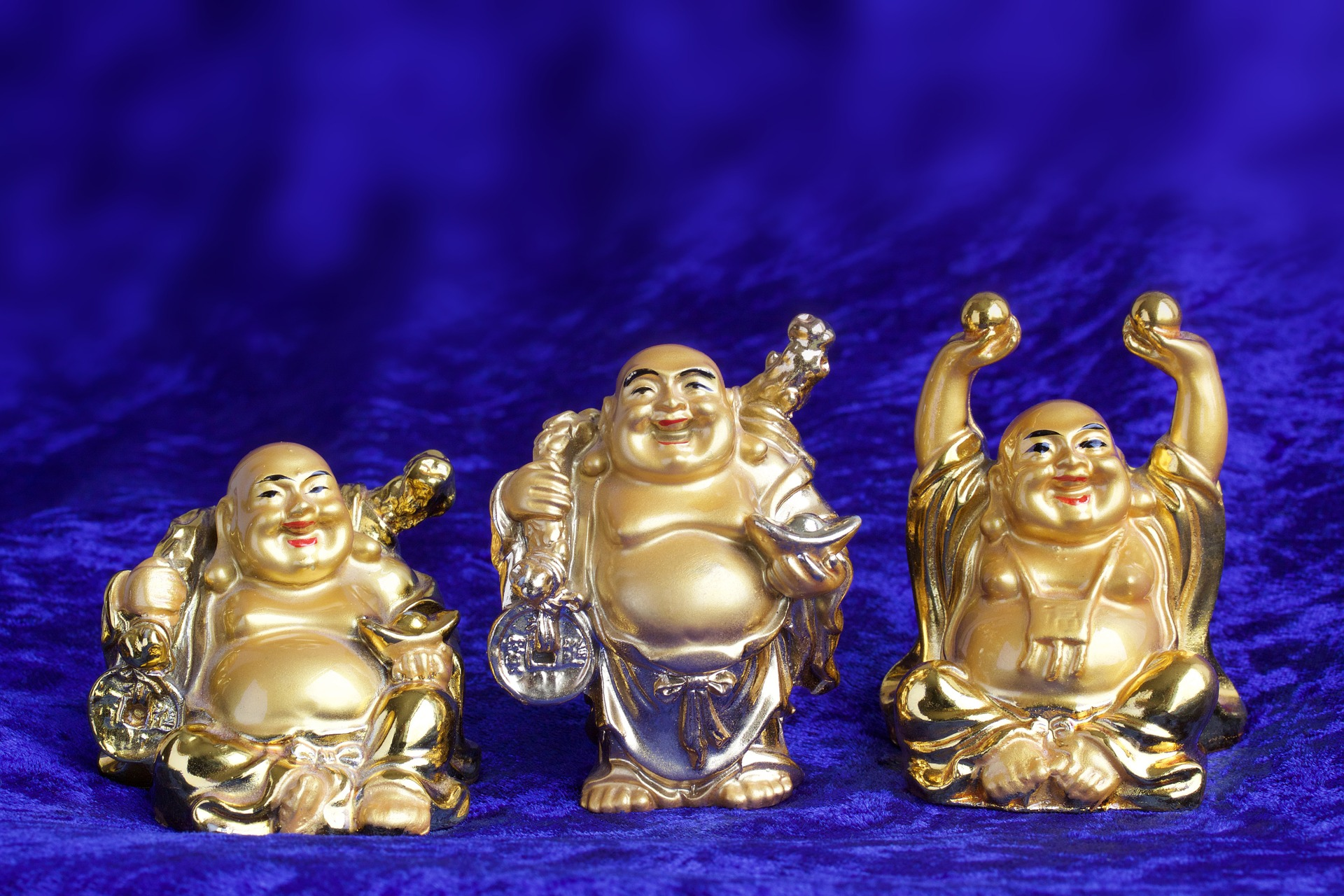 Laughing Buddha: 13 Amusing Trivias About The Bald, Stout Man Who Showers Good Luck