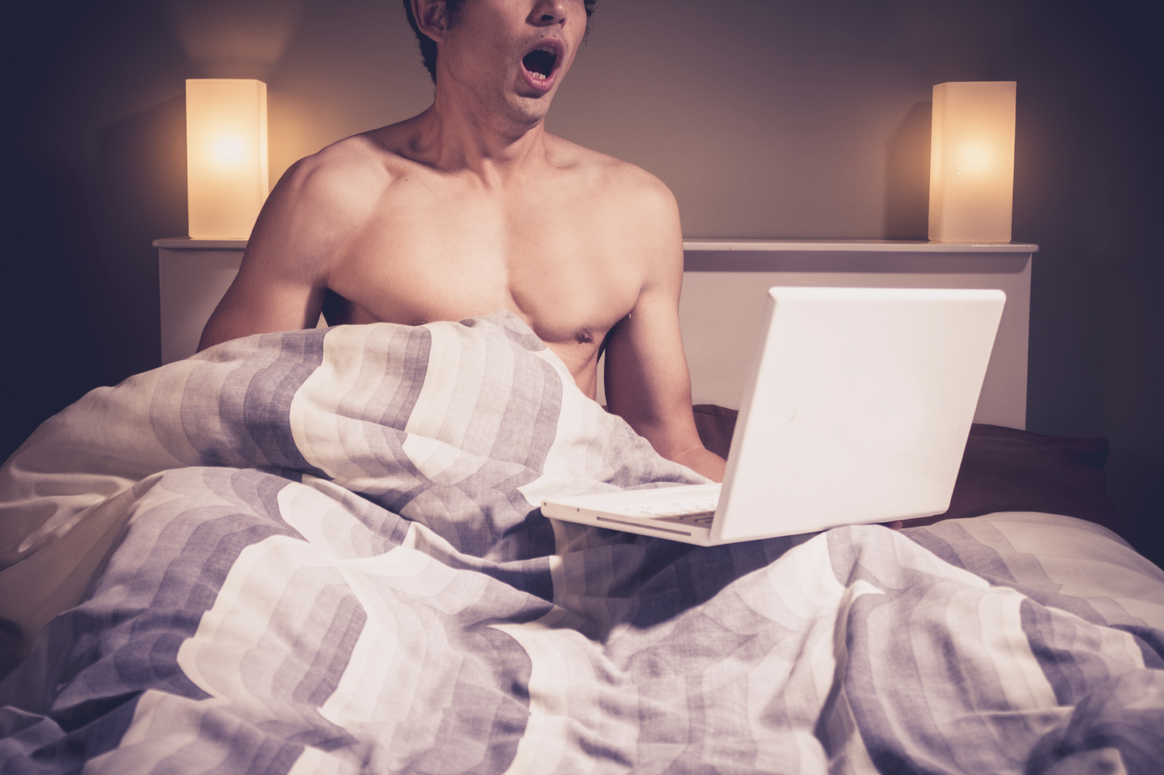 Men Who Watch More Porn Are Unlikely To Have Sex Without Condoms, Confirms Research