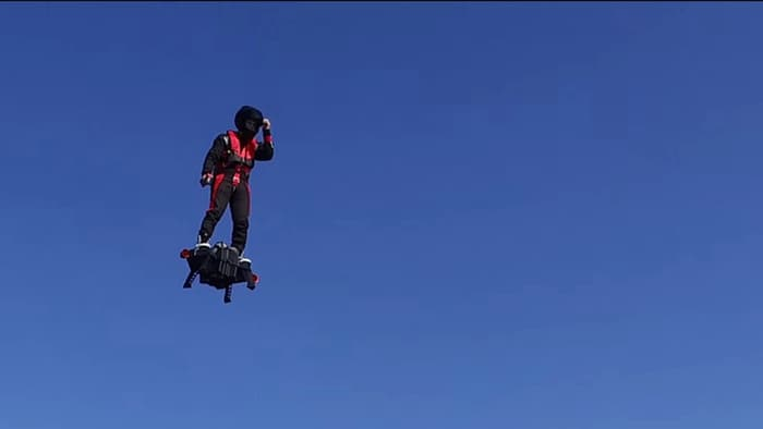 Watch: French Daredevil Sets New World Record, Flies 2 km On Jet Powered Hoverboard