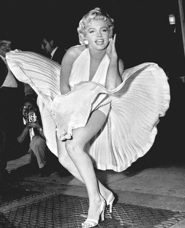 Marilyn Monroe looked glamorous in her last photo shoot. These viral pictures are proof