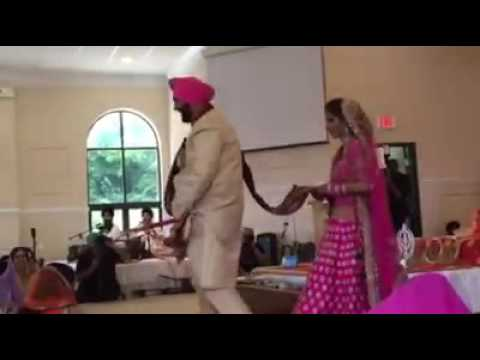 Video: Punjabi groom's pyjama slips during his wedding. Watch to find what happens next!